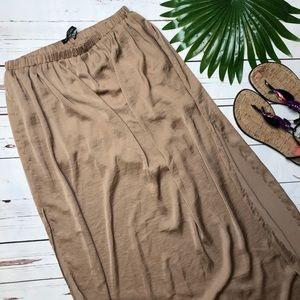 {Zara Trafaluc} sz S  thigh high slit maxi skirt